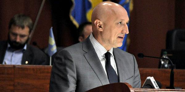 Губернатор Головко предложил сделать 2018 год в области – годом ремонта дорог