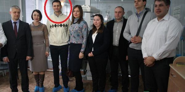Новым директором кременчугского молокозавода стал Жигалов (на фото третий слева)