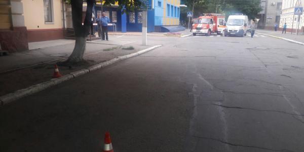 Непотріб біля Кременчуцького льотного коледжу «поставив на вуха» оперативні служби