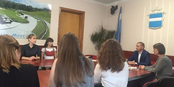 Идут в педагоги: Малецкий отказался, а Ульянов согласился