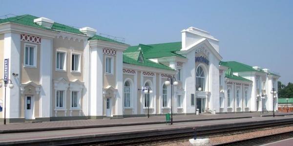 На залізничному вокзалі Кременчука шукають підозрілий предмет