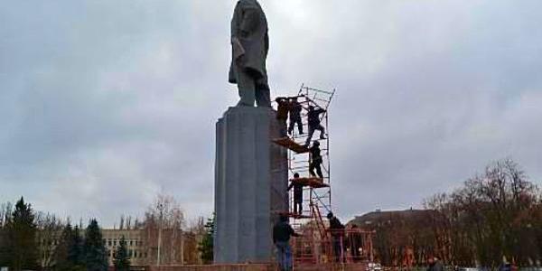 Кременчук позбувся Леніна чотири роки тому: як склалася «доля» статуї вождя