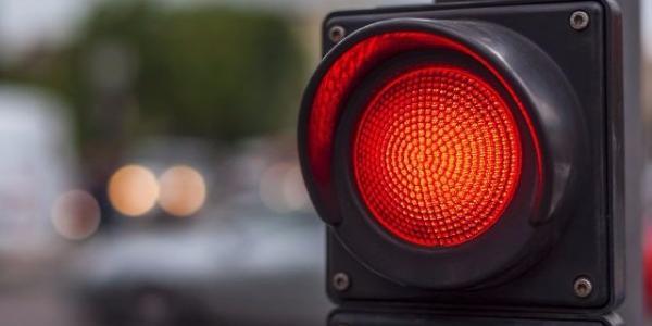 Кременчугской маршрутке ночью красный сигнал светофора – не помеха