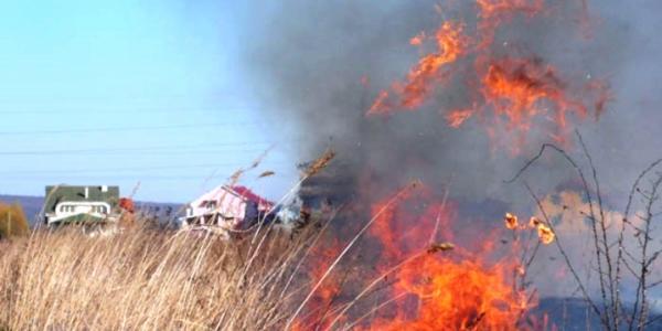 Пожежа сталася через необережне поводження з вогнем.