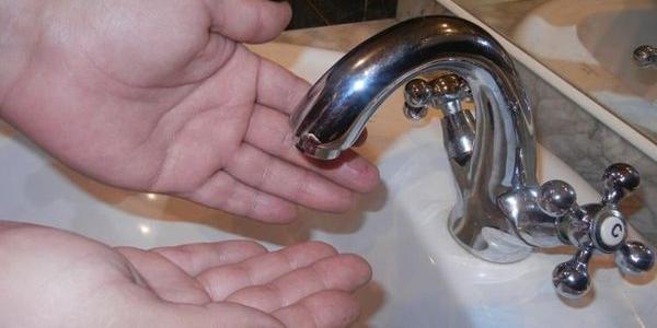 На Щемілівці відключили холодну воду