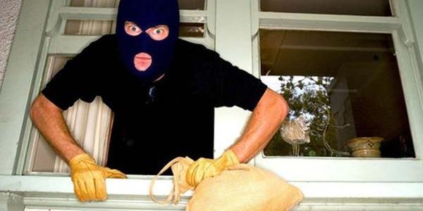 В Кременчуці хатні крадії за добу «розбагатіли» на 57,5 тис. гривень