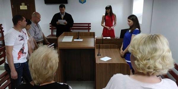 Суд за фактом смерті кременчужанина в райвідділі у 2007 році знову затягується