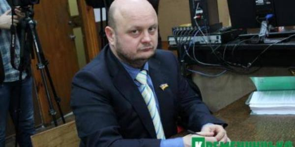У НАЗК з подачі депутата Піддубної задумались на тим, чи не перевірити спосіб життя юриста та депутата Ульянова
