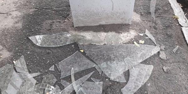 В центре Кременчуга бьют сетилайты, а урны переполнены