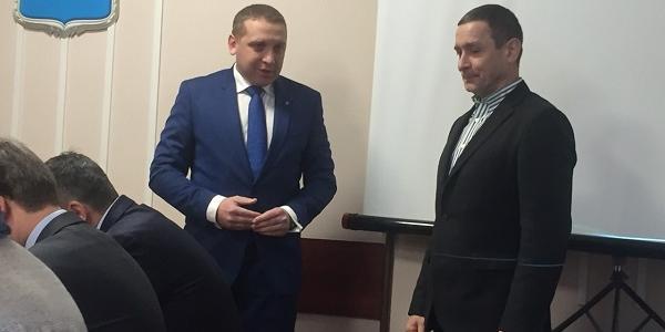 Малецкий поблагодарил Окуня и Шаврова за участие в АТО среди первых