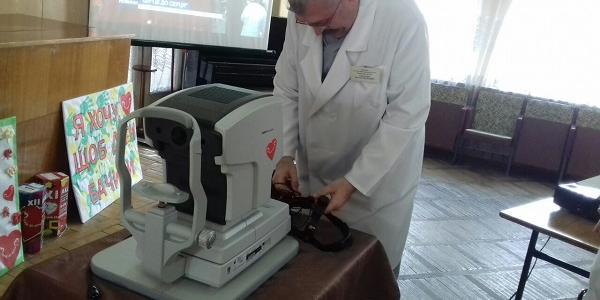 Кременчужани допомогли: дитяча лікарня отримала сучасне обладнання для лікування у дітей проблем зору