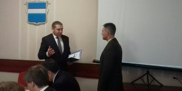 Екс-керівнику КП «Спецсервіс Кременчук» за хорошу роботу мер виписав подяку