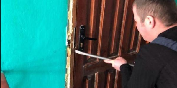 9ebe088c41eb89 Кременчуцькі рятувальниками за зачиненими дверима виявили труп пенсіонера
