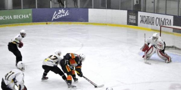 Кременчужане победили «волков» в первом матче на обновленном «Айсберге»