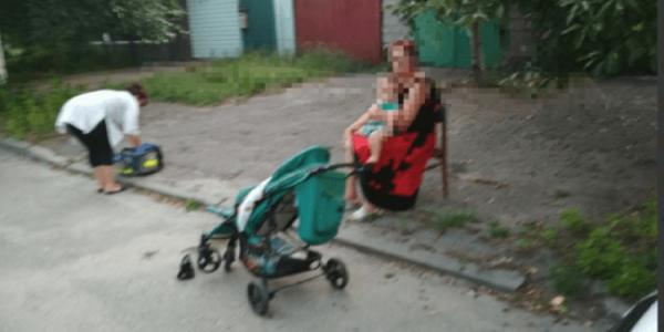 У Кременчуці водій наїхав на пішоходів і дитячий візок: є травмовані
