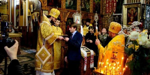 Головного свободівця Кременчука Красовського Патріарх Філарет нагородив медаллю