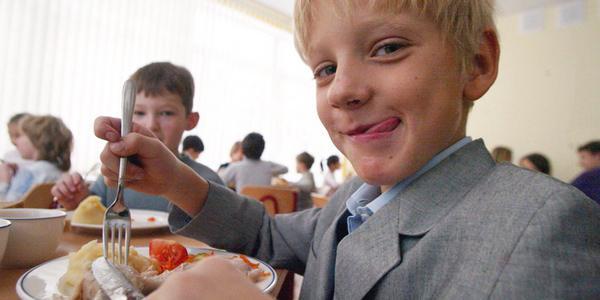 Наслідкиситуації в кременчуцькій гімназії №6: для шеф-кухарів і шкільних медиків проведуть позачергове гігієнічне навчання
