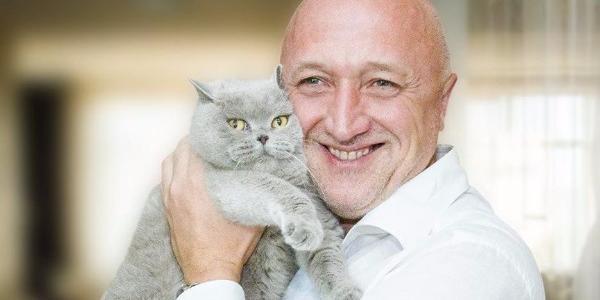 Керівник Полтавщини Валерій Головко показав свого кота