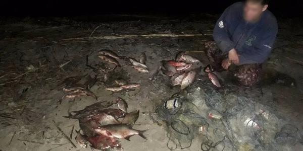 На Кременчуцькому водосховищі затримали порушника, який наловив риби на 9 тисяч гривень