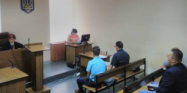 Суд все ніяк не розгляне претензії оточення мера Малецького до району по Госпітальній раді