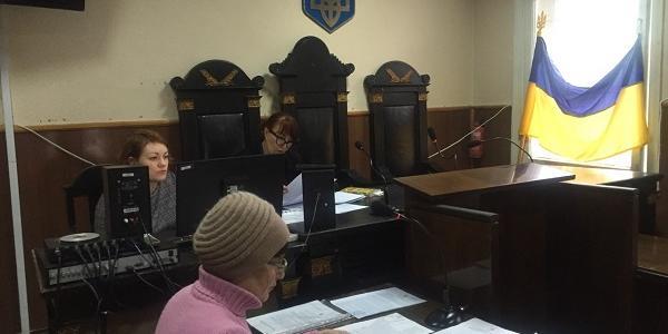 Мэрия Кременчуга сообщает, что решение о закупке планшетов для инспекторов райадминистраций на 420 тыс грн отменено, но они ними пользуются