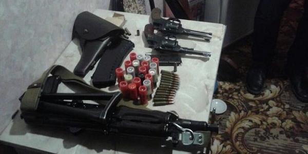 СБУ викрила на Полтавщині мережу зі збуту зброї та боєприпасів, в якій були задіяні поліцейські