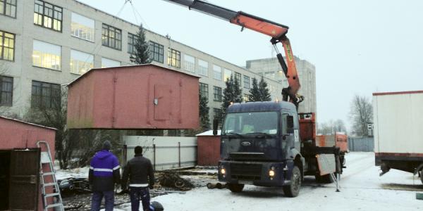 Воры под Кременчугом берут уже не только то, что плохо лежит, но и крадут целые железные будки и гаражи