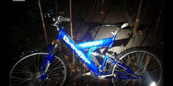Далеко не поїхали: у Кременчуці затримали чоловіків за викрадення велосипеда