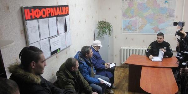 «С вашим приездом игровые автоматы начали только появляться»,- активисты начальнику полиции Кременчуга Ботвине