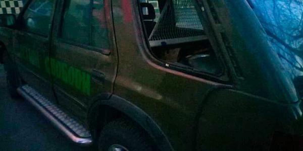 Отакої: пограбували автівку з волонтерскою допомогою на схід