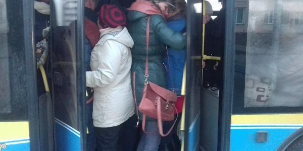Доконаний факт: зранку в Кременчуці із транспортом – біда