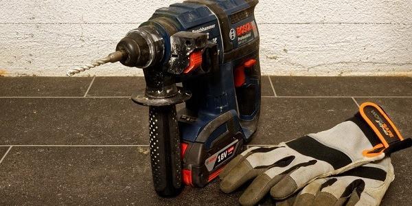 Кременчуцькі полісмени затримали містянина за крадіжку електроінструмента