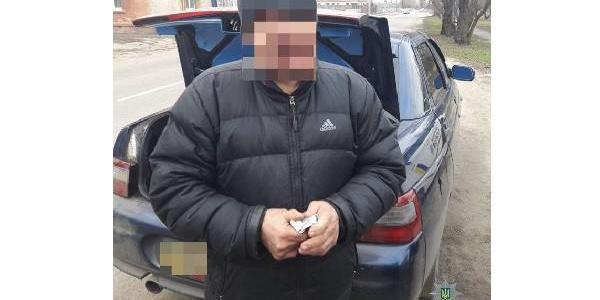 Кременчуцькі патрульні затримали незаконного мігранта за кермом у наркотичному сп'янінні