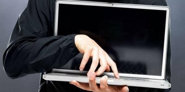 У Кременчуці з магазину винесли ноутбук