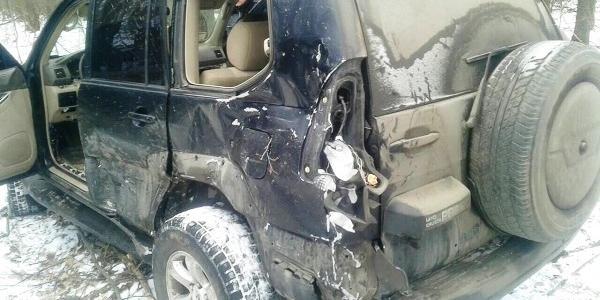 На викраденому у Горішніх Плавнях Toyota Prado водій здійснив смертельну аварію та зник