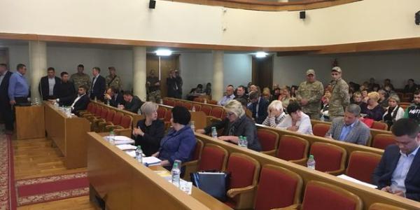 Фіолетова більшість Кременчуцької міськради не хоче збиратися на сесію раз на місяць
