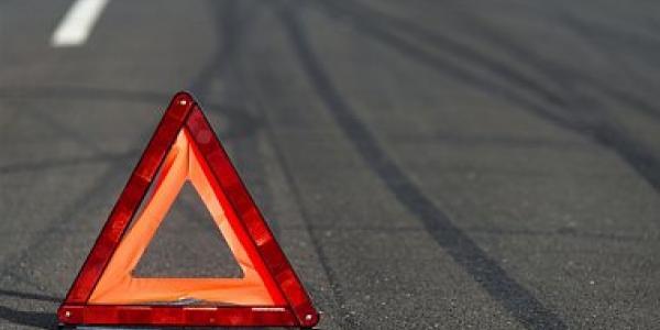 На Героїв України у напрямку центру міста зіштовхнулися два Mercedes Sprinter