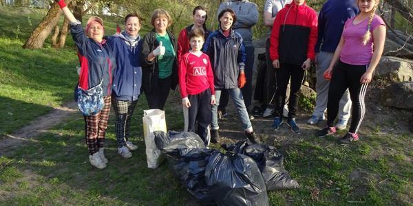 Здолати стерво: «Крюківський ліс» став чистішим не на один десяток мішків сміття