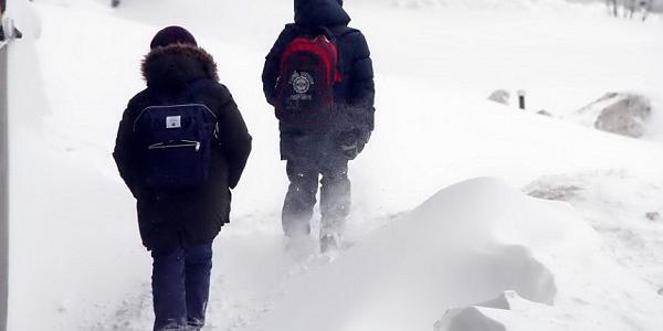 Из-за сильного снегопада в школах Кременчугского района дети в школу снова не пошли