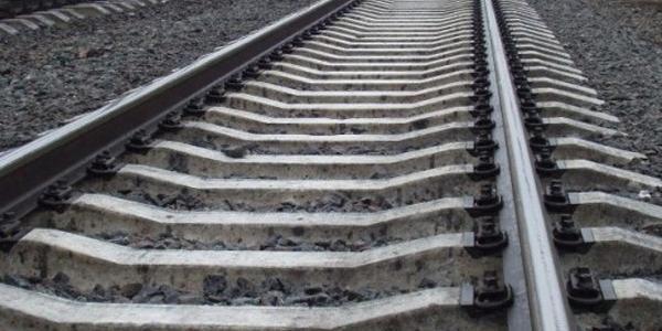 Під потяг «Кременчук-Київ» потрапив 38-річний чоловік