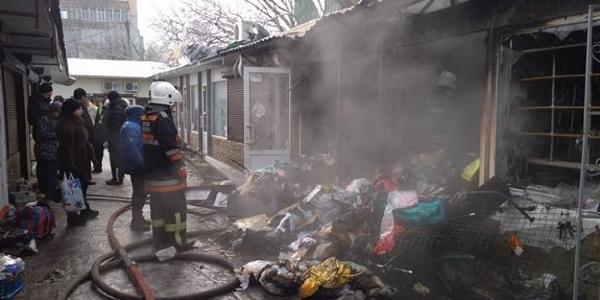 На главном рынке города произошел пожар