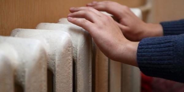 Управляющие компании настаивают: в центре Кременчуга проблемы с отоплением из-за теплоносителя ниже нормы