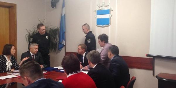 Коновалова пришла на аппаратное совещание поругаться с Малецким