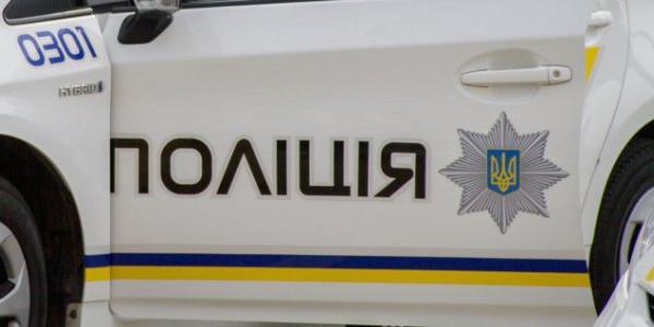 Патрульні завадили зловмисникам поцупити металеві труби