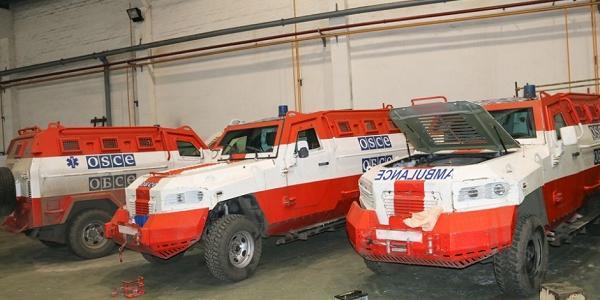 «АвтоКрАЗ» восстанавливает КрАЗ-Кугуары наблюдателей ОБСЕ