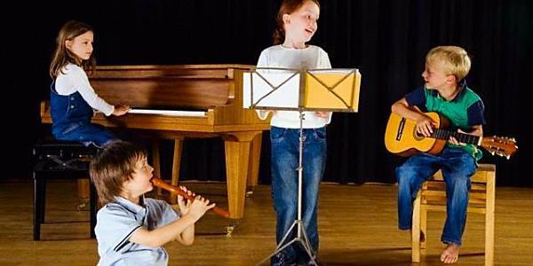 С сентября подорожает обучение в музыкальных и художественной школах Кременчуга