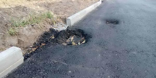 Ремонт дорог по-кременчугски: можно вырвать колесо
