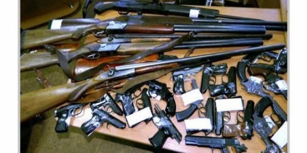 Громадяни здали у поліцію 142 одиниці зброї і понад 5 тисяч боєприпасів
