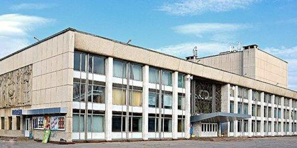 Депутаты возмущены: городская власть вместо 70 млн на ремонт ГДК в 2018 году даёт 700 тысяч