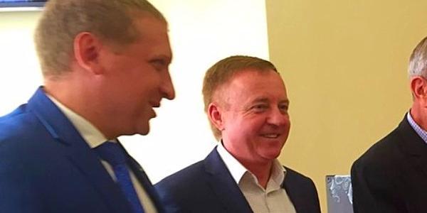Холод вспомнил, как открыл в Кременчуге один из первых кооперативов, и пообещал вернуться в бизнес